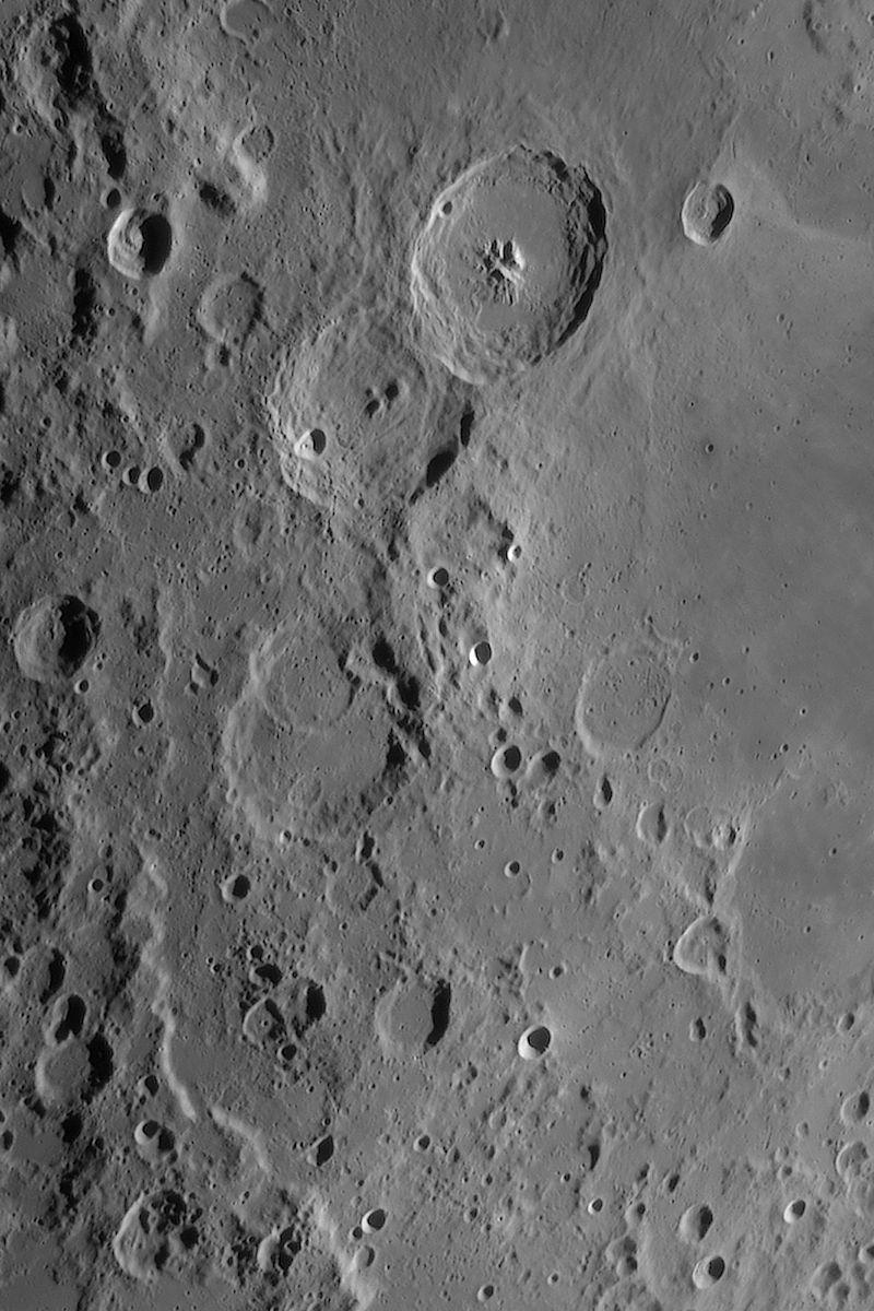 Moon_211505_lapl4_ap1054_FW-lumi_dSinc15